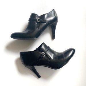 Nine West black shiny heeled booties